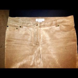 Isaac Mizrahi camel colored suede pants size 12